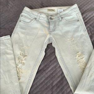 Paris blues est.1981 distresses jeans with rips 5